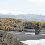 Monolith vor Gletscher