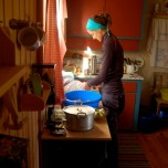 Hausfrau am Werk
