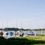 Boote am Ufer des Schwielochsees
