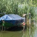 Aufgehängtes Boot