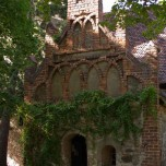 Portal der Kirche in Zaue