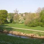Blick auf den Park an der Ilm