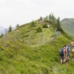 Gratwanderung - Wander auf einem Berggrat