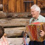 Musikalische Begleitung auf der Almhütte vom Lammwirt