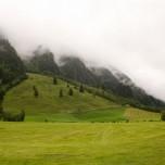 In den Wolken verschwundene Höhen bei Hüttschlag