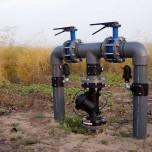 Wasseranlage auf Spargelfeld