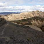 Wanderweg auf dem Vulkan Bláhnúkur in Landmannalaugar