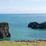 Felsen im Meer vor Island