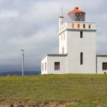 Leuchtturm auf der Halbinsel Dyrholaey
