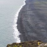 Schwarzer Strand im Süden von Islands Südküste
