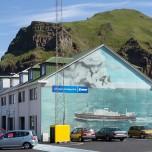 Hafengebäude in Heimaey