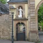 Eingangsportal 2