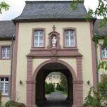 In der Klosteranlage 1
