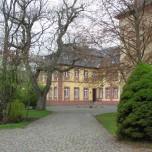 In der Klosteranlage 2