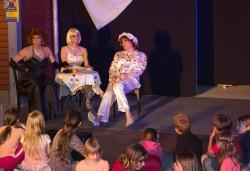 Travestie vom Feinsten auf dem Sommerfest in einer langen Sommernacht in Borkwalde