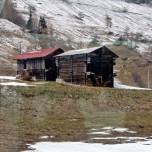Scheunen vom Glacier Express aus I