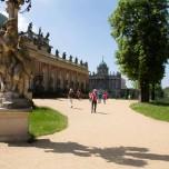 Blick zu den Communs von Sanssouci