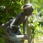 Figur im Park Charlottenhof