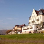 Strandhotel in Wehlen II