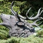 Statue eines Hirsches