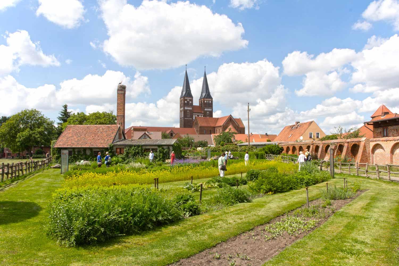 Klostergarten & Kloster