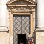 Eingang St.-Peter-und-Paul-Kirche II