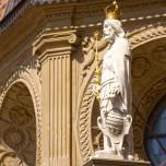 Skulptur an der Kathedrale