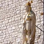 Figur an der Kathedrale IV