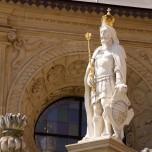 Figur an der Kathedrale V