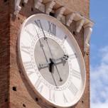Torre del Gardello, Uhr
