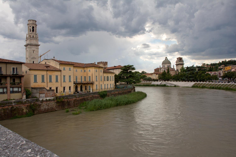 An der Ponte Pietra VIII