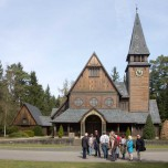 Kulturverein vor Kapelle