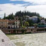 Auf der Ponte Pietra I