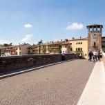 Auf der Ponte Pietra IV