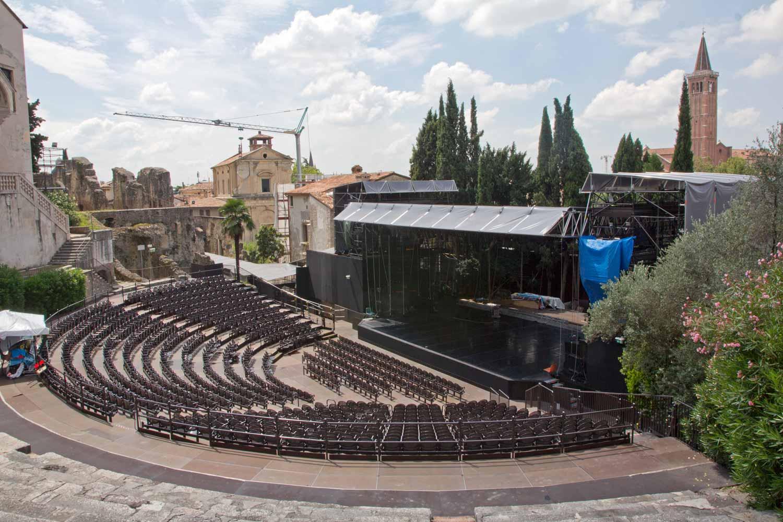 Blick auf das Teatro Romano