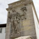 Figur am Eingang zum Olympiastadion in Garmisch-Partenkirchen II