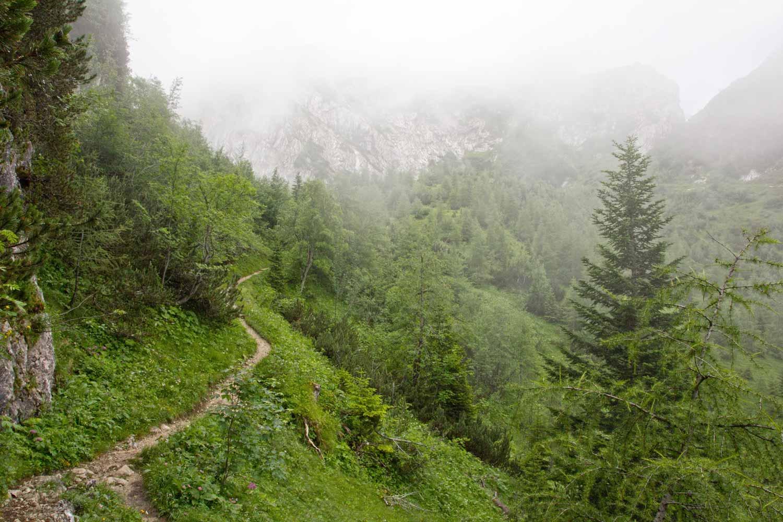 Hupfenleitenjoch Wanderung: Der Nebel in den Alpen lichtet sich