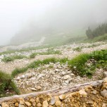 Hupfenleitenjoch Wanderung: Abstieg in den Nebel