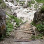 Abstieg aus der Höhle