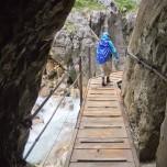 Wandern über den Steg