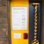 Waldtoilette mit Gebrauchsanweisung