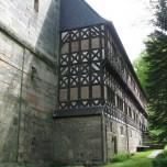 Klosterruine Paulinzella mit Amtshaus