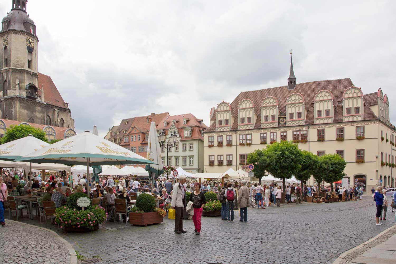 Töpfermarkt auf dem Marktplatz von Naumburg