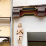Skulptur an einem Naumburger Haus