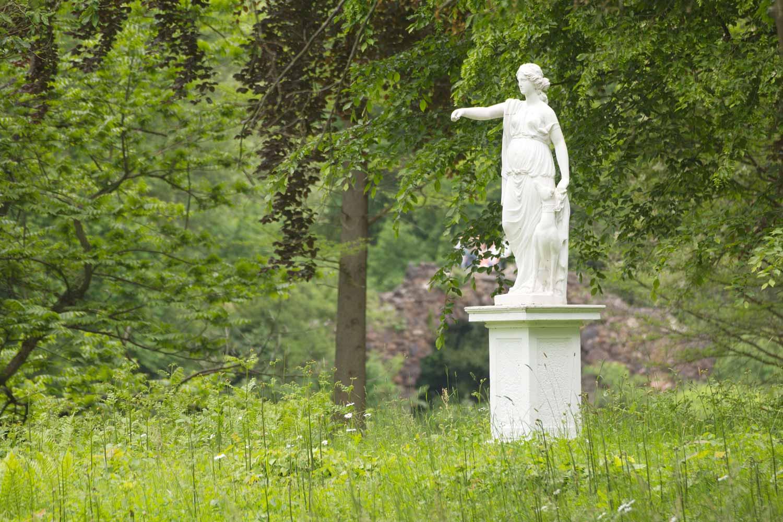 Dianenstatue im Wörlitzer Park