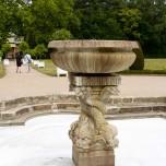 Delphinenbrunnen