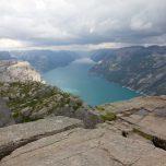 Blick vom Preikestolen nach links auf den Lysfjord