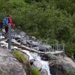 Über die Brücke Gletscher Buarsbreen