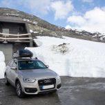 Auto im Schnee Ausdalsbreen