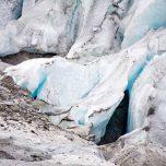 Blaues Gletschereis am Austerdalsbreen
